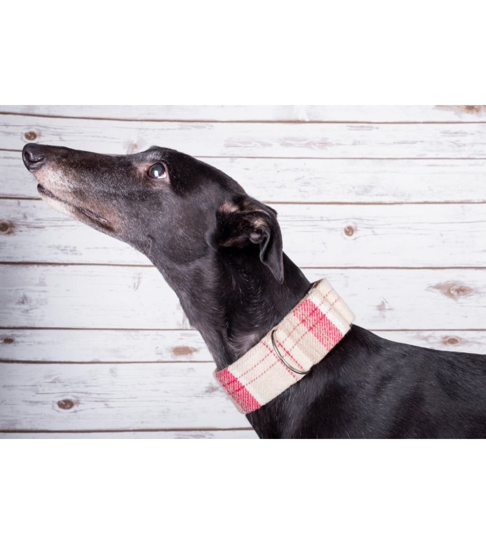 100% Wool Martingale Collar